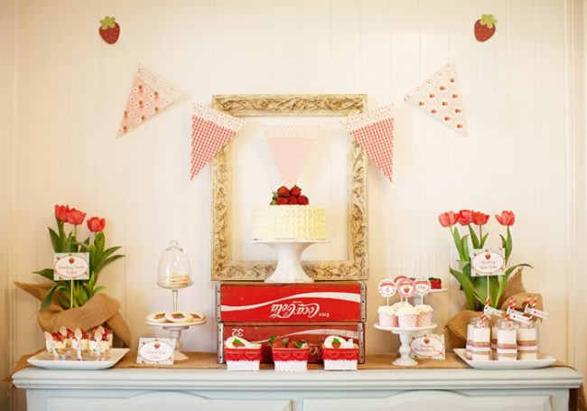 um-doce-dia-decoracao-festa-morango-02