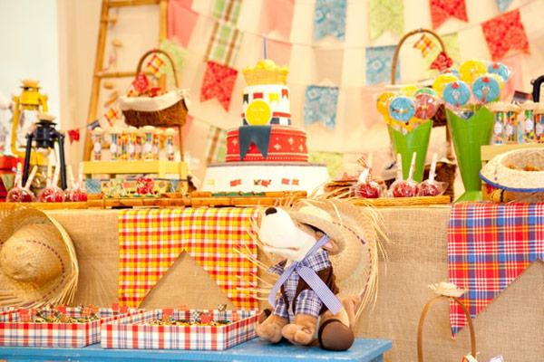 um-doce-dia-aniversario-festa-junina-02