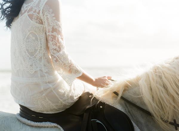um-doce-dia-lindo-casamento-litoral-irlandes-01