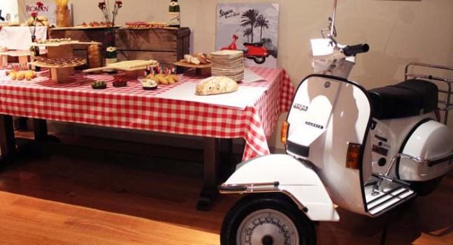um-doce-dia-festa-para-mulheres-maduras-vespa-italiana-11