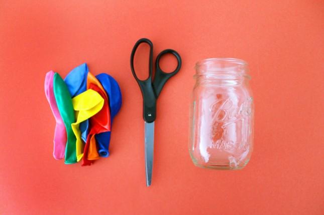 um-doce-dia-marcadores-de-copos-práticos-fáceis-de-baloes-coloridos-02