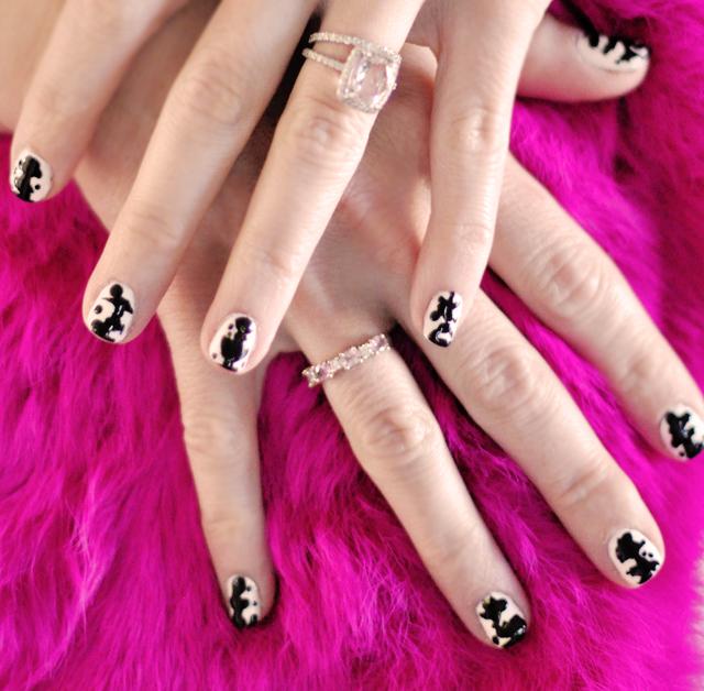 um-doce-dia-unhas-nail-art-rorschach-09