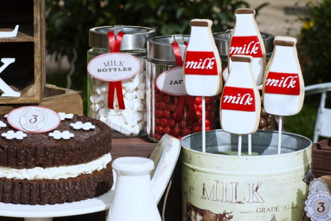 um-doce-dia-vintage-leite-com-cookies-01
