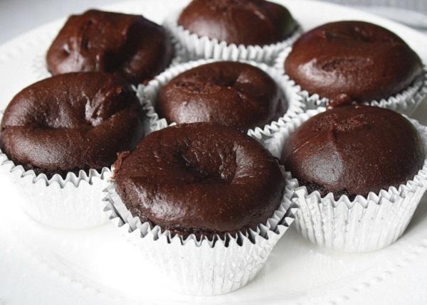 um-doce-dia-chapeu-de-bruxa-para-cupcakes-08