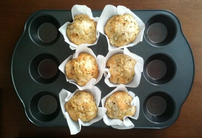 um-doce-dia-muffins-de-queijo-com-ervas-03