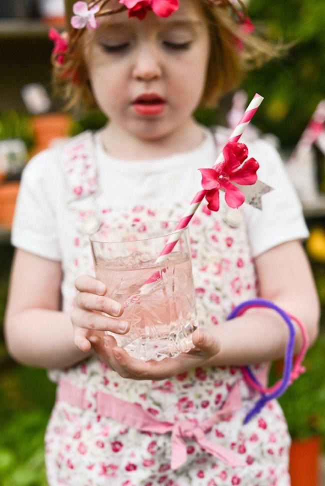 um-doce-dia-decoracao-no-jardim-para-o-dia-das-maes-09