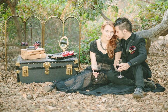 um-doce-dia-casamento-com-os-tons-do-bordo-hades-e-persefone-11