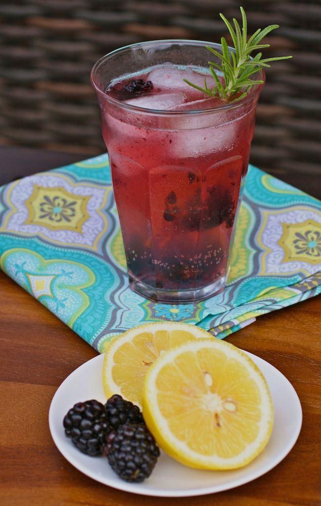 um-doce-dia-receita-drink-limonada-de-gim-e-amoras-02
