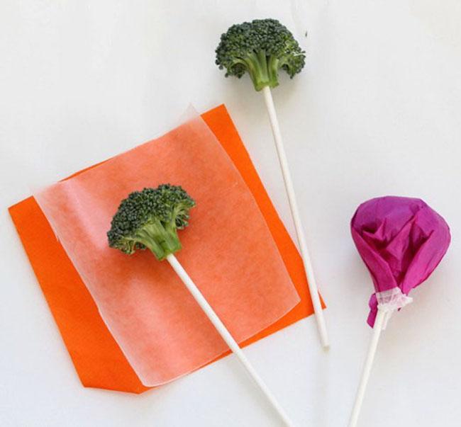 um-doce-dia-receita-01-de-abril-pirulitos-de-brocolis-03