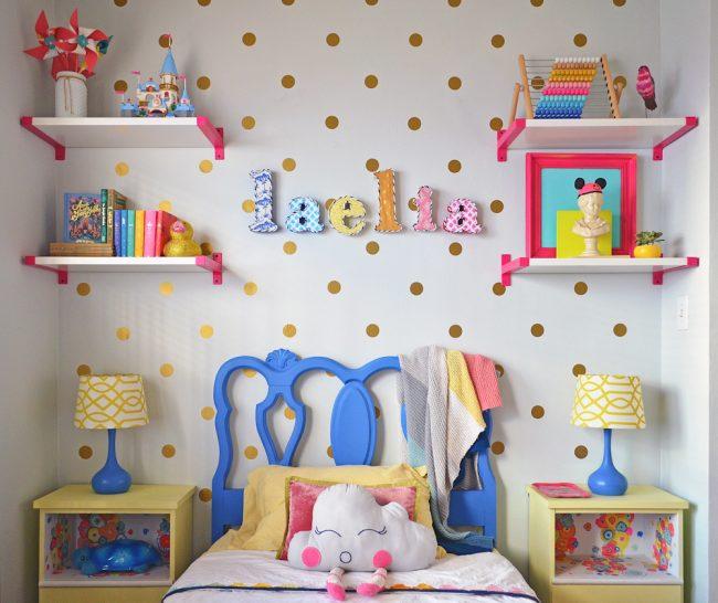 um-doce-dia-meninas-um-quarto-cheio-de-cor-05
