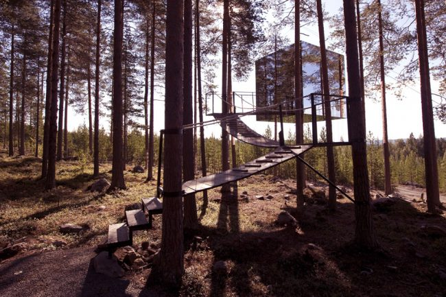 um-doce-dia-viagem-treehotel-o-cubo-05