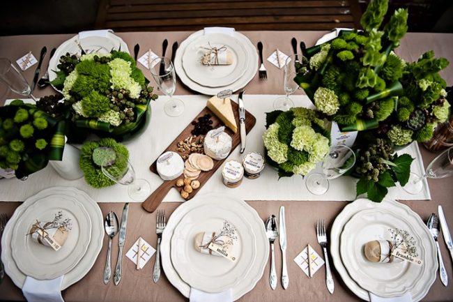 um-doce-dia-decoracao-mesa-de-jantar-verde-vibrante-03