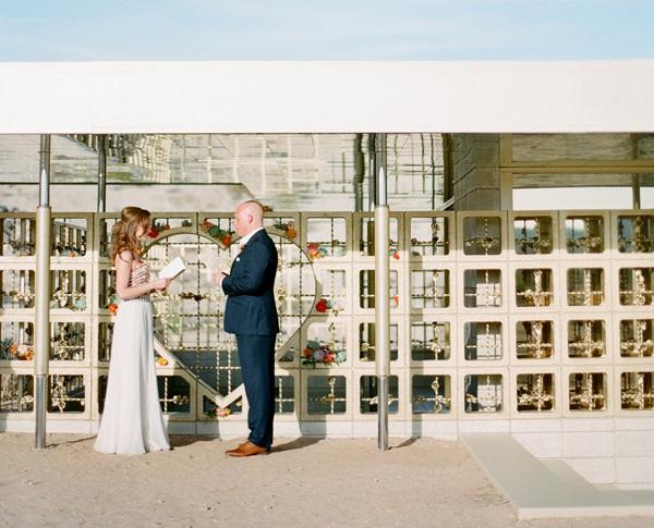 um-doce-dia-casamento-deserto-06