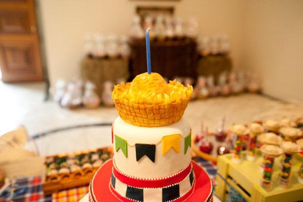 um-doce-dia-aniversario-festa-junina-04