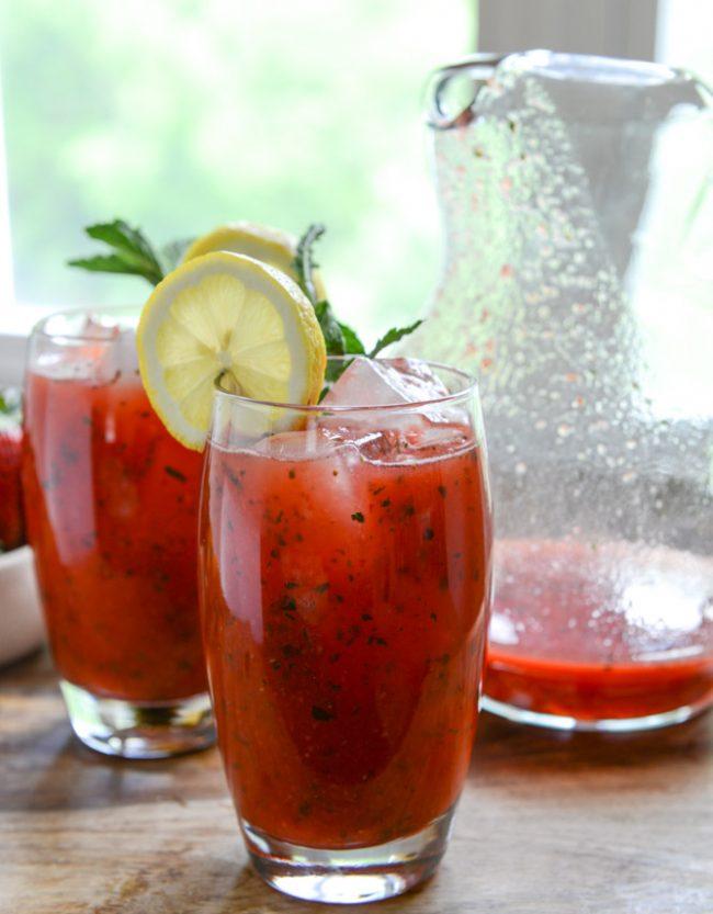 um-doce-dia-limonada-fesca-morango-hortela-01