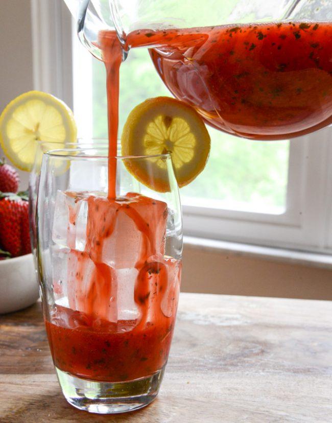 um-doce-dia-limonada-fesca-morango-hortela-04