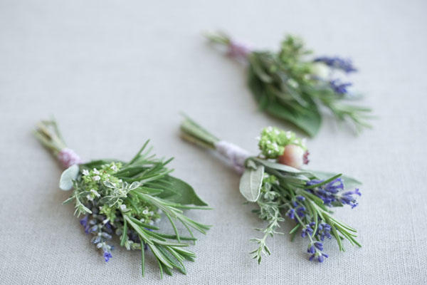 um-doce-dia-boutonniere-herbal-01