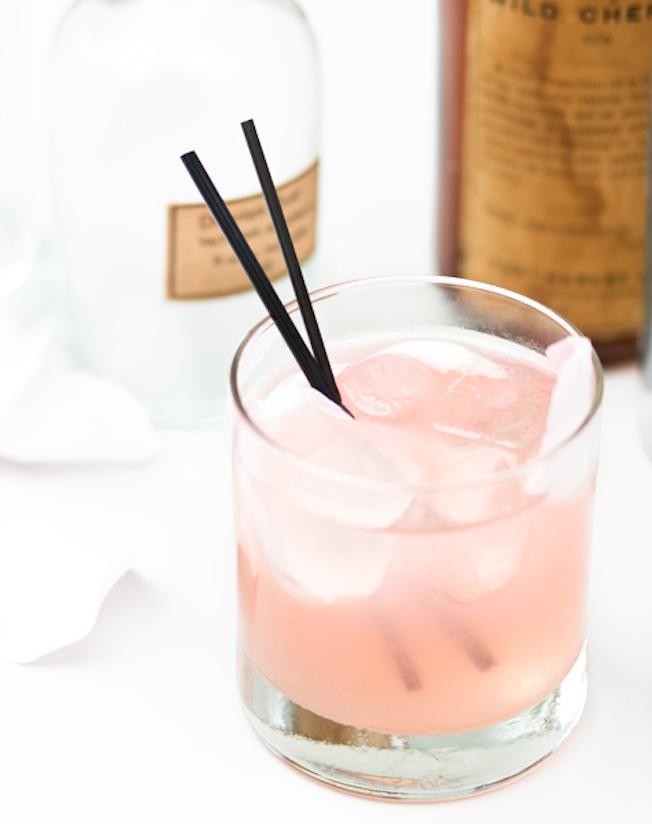 Resultado de imagem para bebidas com xarope de rosas