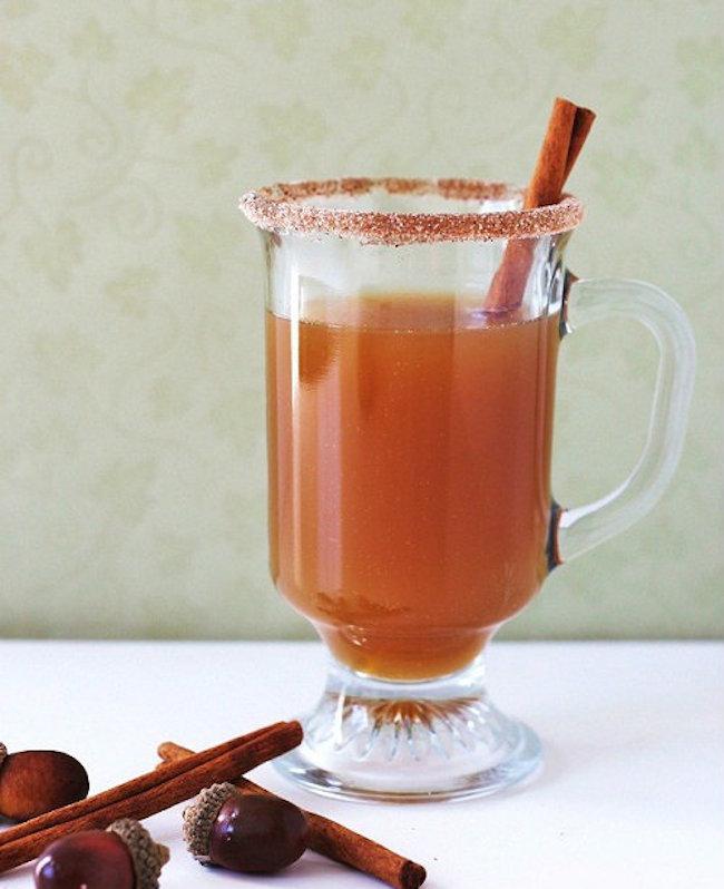 um-doce-dia-cocktail-maça-para-dias-frios-01