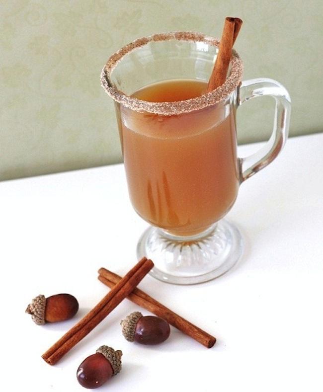 um-doce-dia-cocktail-maça-para-dias-frios-02