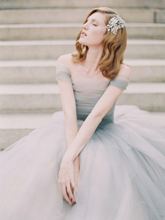 um-doce-dia-o-azul-e-o-novo-blush-vestido-sareh-nouri-fotografia-laura-gordon-01