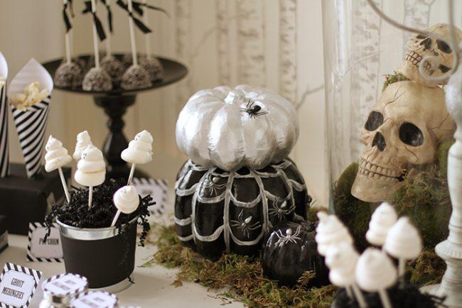 um-doce-dia-feliz-halloween-preto-e-branco-02