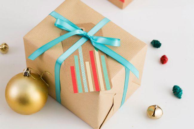 um-doce-dia-linda-maneira-de-personalizar-sacolas-e-tags-04