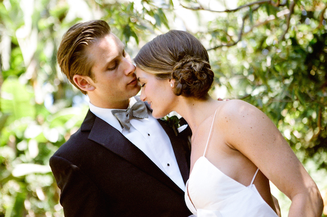 um-doce-dia-casamento-beverly-rills-modernos-detalhes-em-verde-e-marfim-07