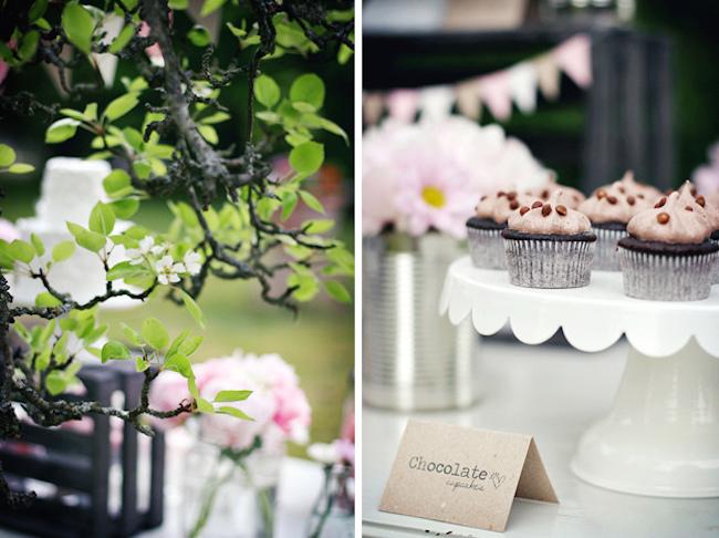 um-doce-dia-decoracao-mesa-de-sobremesas-lindo-rustico-e-rosa-08