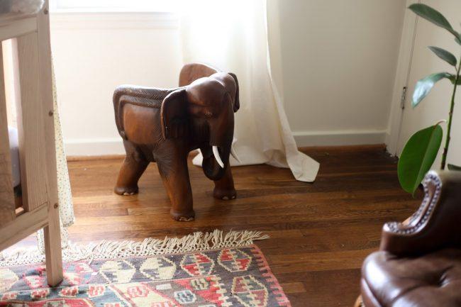 um-doce-dia-quarto-de-bebe-safari-nursery-02