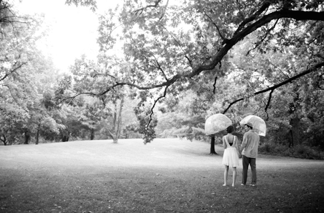 um-doce-dia-sessao-fotografica-aniversario-de-casamento-tempo-de-chuva-11