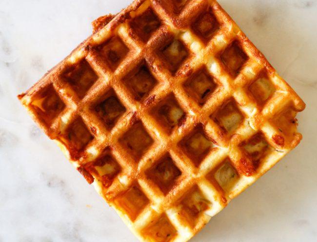 um-doce-dia-receita-de-waffles-de-queijo-presunto-e-alecrim-04