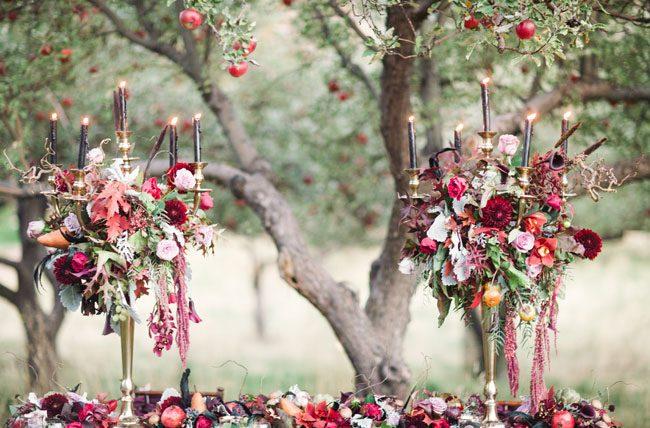 um-doce-dia-casamento-inspiracao-halloween-tom-ameixa-profundo-17