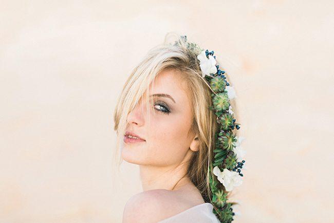 um-doce-dia-noivas-5-penteados-florais-05