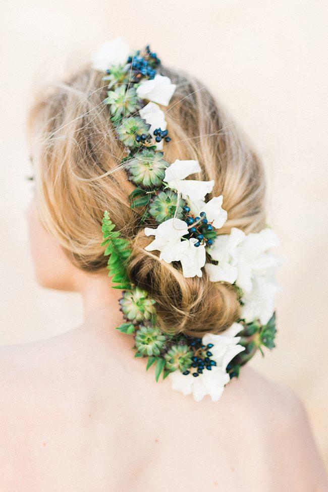 um-doce-dia-noivas-5-penteados-florais-06