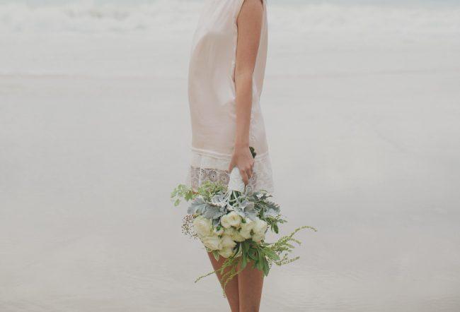 um-doce-dia-casamento-inspiracao-boemia-a-beira-mar-06