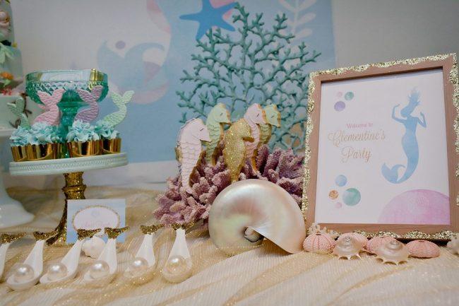 um-doce-dia-festa-decoracao-menina-sereia-glam-09