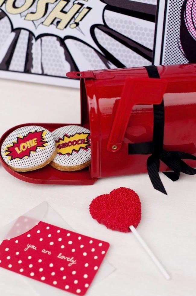 um-doce-dia-festa-noivado-pop-art-12