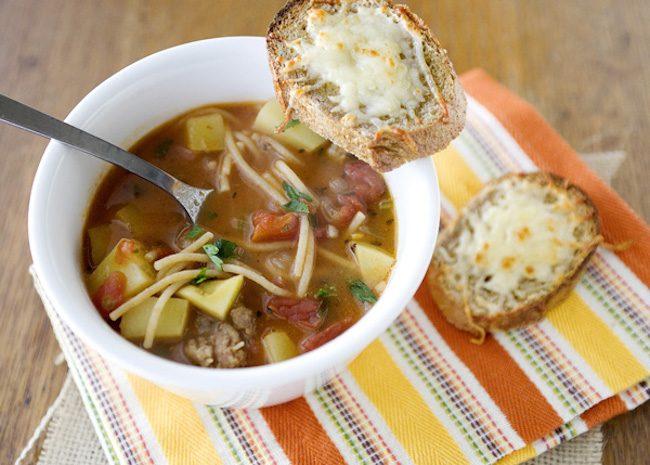 um-doce-dia-receita-sopa-minestrone-de-carne-01