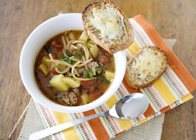 um-doce-dia-receita-sopa-minestrone-de-carne-05
