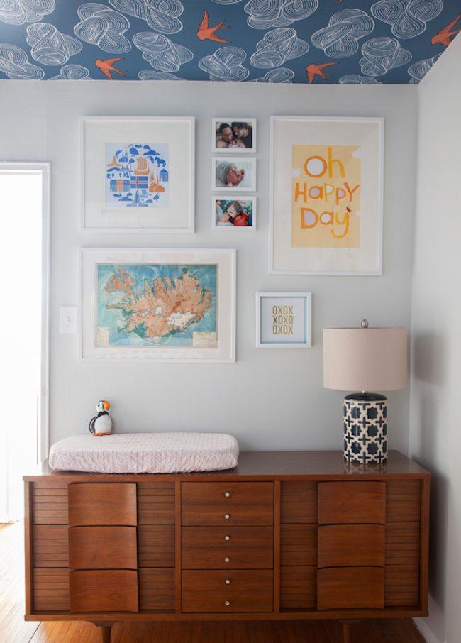 um-doce-dia-decoracao-quarto-de-bebe-azul-e-laranja-05