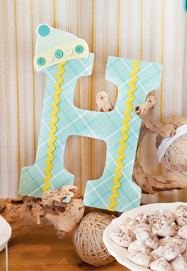 um-doce-dia-decoracao-cha-de-bebe-floresta-de-inverno-menta-e-amarelo-19