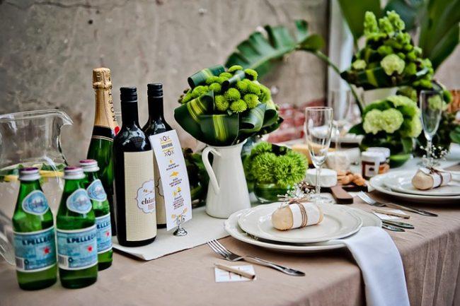 um-doce-dia-decoracao-mesa-de-jantar-verde-vibrante-05