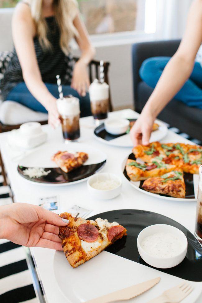 um-doce-dia-tarde-das-garotas-pizza-08